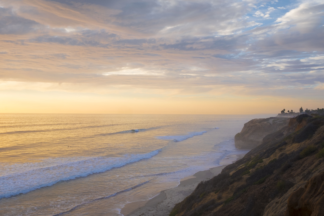 Enjoy The Pacific While Staying At Oceanfront Hotels Carlsbad Ca